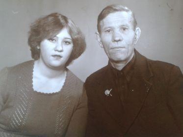 Республика Башкортостан, г. Мелеуз - 1981г. (с дочерью Татьяной)
