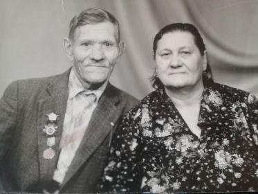 С женой Лапшиной (Юдиной) Марией Кузьминечной, 1987г.