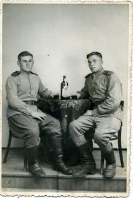Виктор Петрович с другом