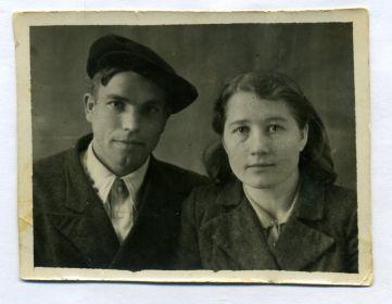 Виктор Петрович Полежаев и Мария Григорьевна Бычкова-Полежаева