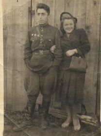 С женой Марией Никитичной, 1946 год