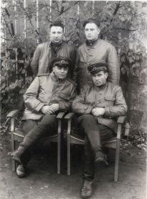 Германия-1945- Однополчане (09) (Мыльников Л.А. низ справа)