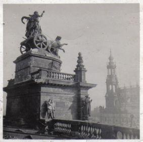 Мыльников Л.А. - Германия-Берлин-Крыша Рейхстага-1945(04)