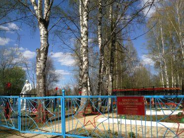 Братская могила в д. Кокошкино Ржевского р-на
