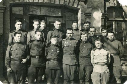 Личный состав редакции и типографии газеты «Сталинский воин» февраль 1948г.