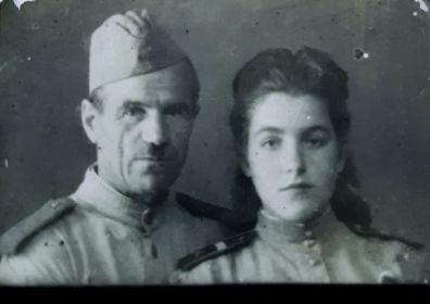 Анна с отцом Бон Владимиром Ивановичем