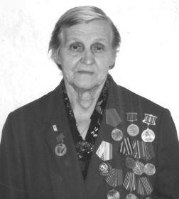Супруга Петра Степановича, Вера Алексеевна Девятаева, наша мама и бабушка