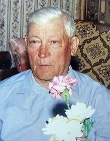 - Ветеран Великой Отечественной Войны, Ветеран труда.  Житель  города Окуловка 1949 – 2006;