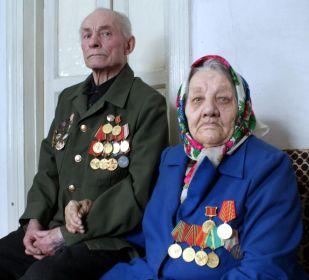 Петр Иванович Смирнов с женой Марией Ивановной, труженицей тыла