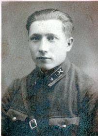 Хамов Иван Романович в военном училище