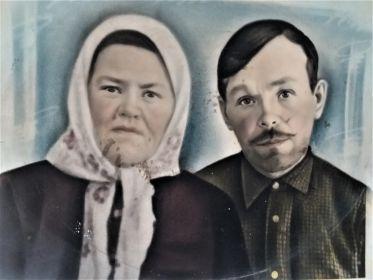 с женой Клещевой Аксиньей Ивановной
