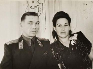 С женой, Тамарой Тимофеевной.