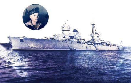 """С 19.02.1943 по 9 мая 1945 проходил службу  во флотском экипаже Ченоморского Флота на линейном корабле """"Севастополь"""",который входил в состав дейсвующей Армии."""