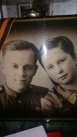 после свадьбы в г.Горький 1945г.