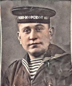 Краснофлотец Николай Горохов