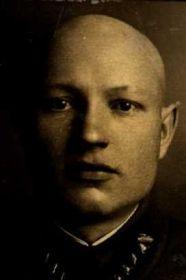 Крылов Макар Макарович (фото из личного дела)