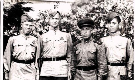 экипаж машины боевой 1945 г.