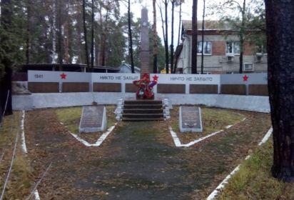 Обелиск воинской славы в дачном посёлке Кратово
