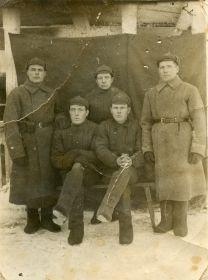 Фотография прадеда с финской войны. Дедушка слева.