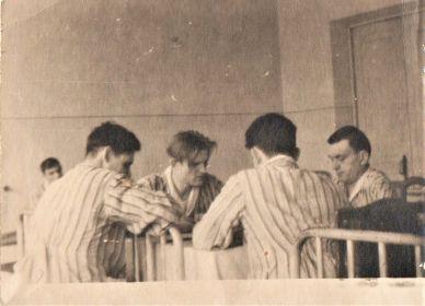 Военный госпиталь 1944 год