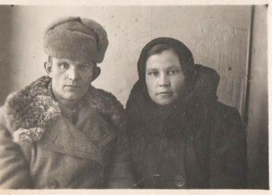 Дедушка с бабушкой (Ефанова Клавдия Сергеевна)