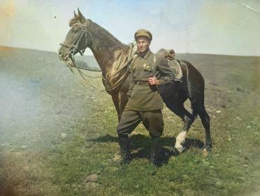Мурадян Вартан Симонович со своим конём Чалка - 1934 г.