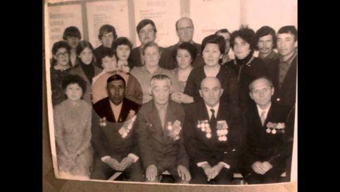 Фото с местными ветеранами ВОВ