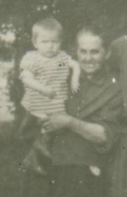 1925 г. Саша Игнатьев с бабушкой Степанидой Павловной