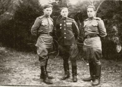 первый слева, в центре комбат 18 ОГМЦБ Коц Д.П.