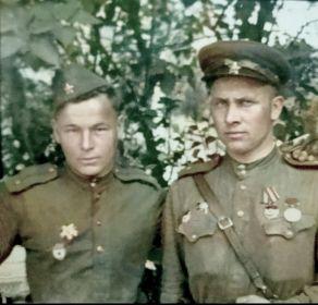 с Ивановым Федором Ивановичем (слева)