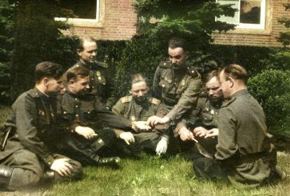 Командование бригады, слева-направо: Ермоленко И.Я., Буслаев А.П., Миронов А.П., Шемякин М.П., Леонов Л.А., Максимихин П.М.