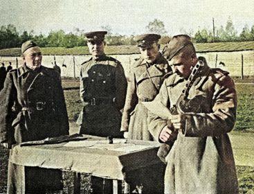 На принятии присяги, осень 1944г.  Дубов С.Е. первый слева.