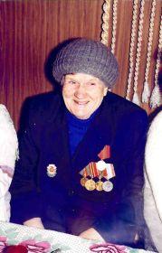Анастасия Егоровна Шареева (Лысова) в 1990-е гг.