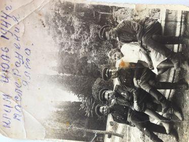 После ранения, в Ялте, июль 1944 г.