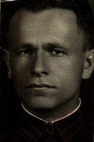 Лейтенант АКСЕЛЬРОД М. Н.