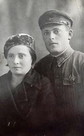 Семья Алиевских: Евсей Файвелевич (17.09.1911 01.1942), Щера Фридмановна (25.12.1911).