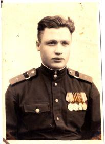 Василий Пахомов