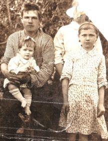 Борис, Ольга, Варвара и Валя