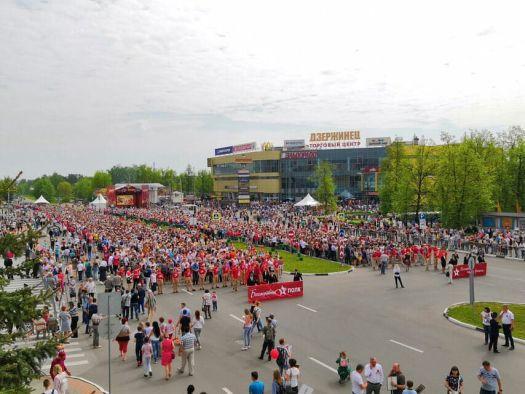 Более 17 тысяч человек приняли участие в шествии Бессмертного полка в Дзержинске!
