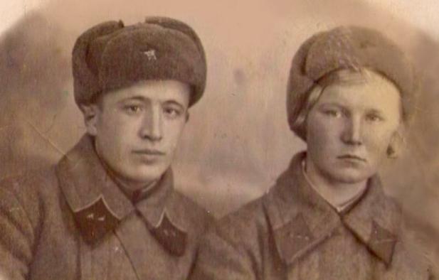 «Дедушка и бабушка встретились на войне: она спасла его, он – ее»