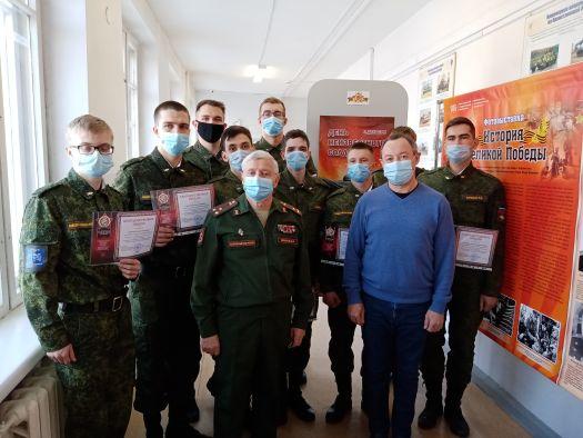 Памятный день России – День неизвестного солдата