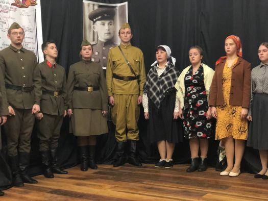 Спектакль, посвященный поэту Сергею Викулову, вошел в репертуар белозерского народного театра «Свеча»