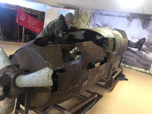 В Ленобласти военные восстановили фюзеляж штурмовика Ил-2