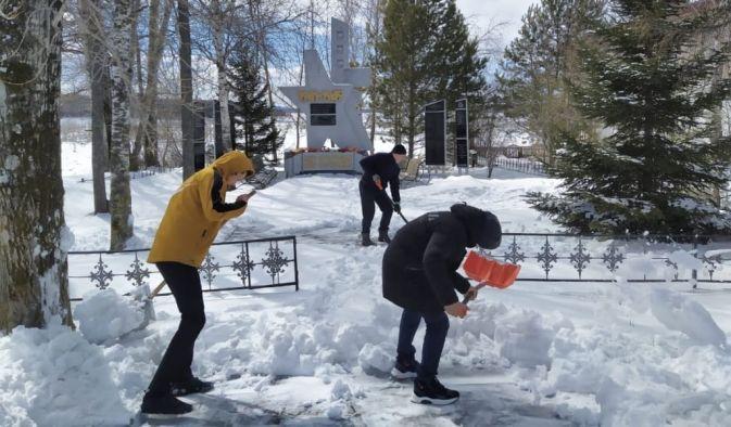 """Патриотическая акция """"Дорога к обелиску"""""""