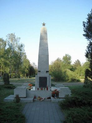 Проведение реставрационно-восстановительных работ на военном кладбище Милостово (Познань)