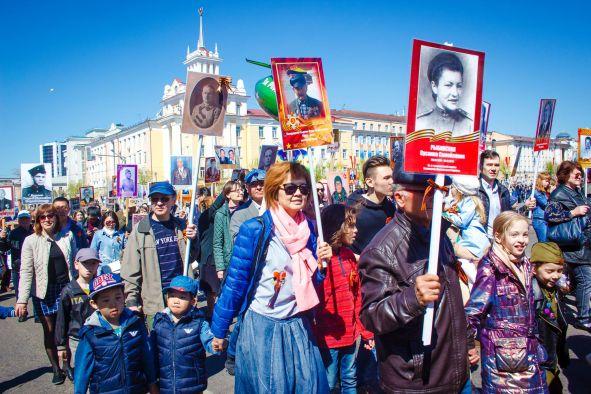 Более 20 тысяч жителей Бурятии прошли в «Бессмертном полку»