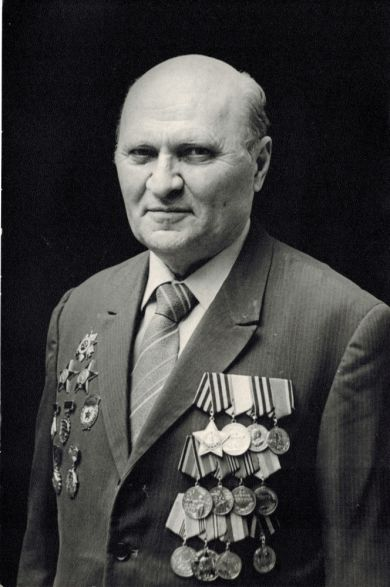 Жильцов Виктор Петрович