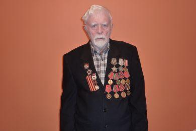 СИМАКОВ ИВАН ФЕОКТИСТОВИЧ 1923г рождения