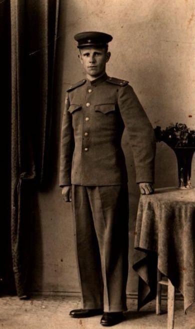 Гнедашев Иван Антонович