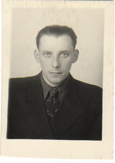 Титов Виктор Ефимович